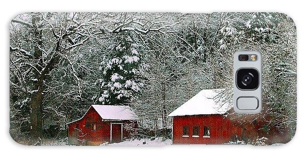 Vintage Winter Barn  Galaxy Case
