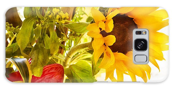 Vivid Cheery Sunflower Bouquet Galaxy Case
