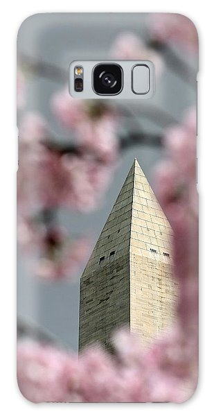 Washington Monument With Cherry Blossoms Galaxy Case