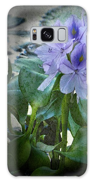Water Hyacinth  Galaxy Case