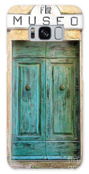Weathed Museo Door Galaxy Case