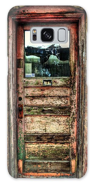 Weathered Door Galaxy Case