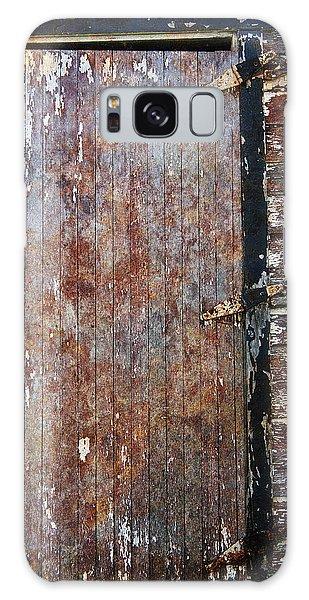 Weathered Door Galaxy Case