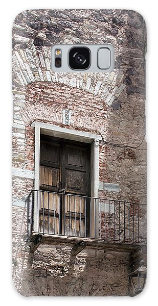 Weathered Wooden Church Doors Galaxy Case by Lynn Palmer