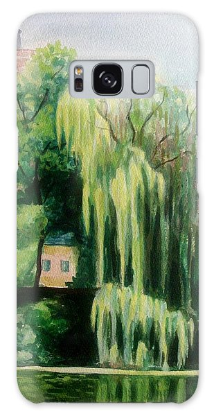 Weeping Willow At North Pond Galaxy Case