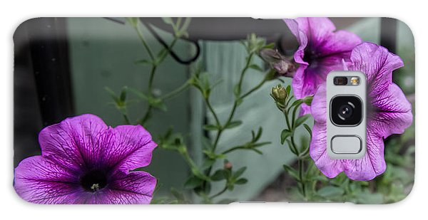 Galaxy Case featuring the photograph Welcome by Leif Sohlman