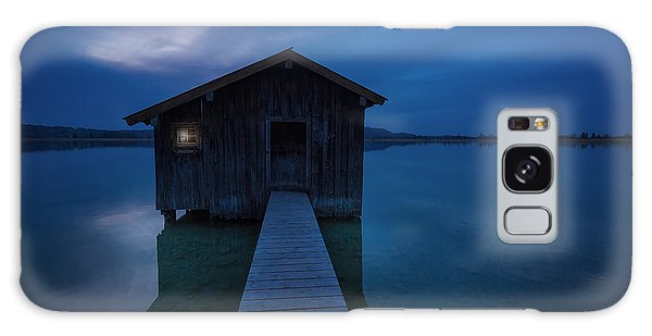Shed Galaxy Case - When The Night Comes by Uschi Hermann