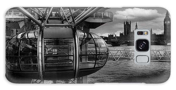 London Eye Galaxy Case - When The Past Meets The Future by Paulo Penicheiro