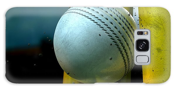 White Cricket Ball And Wickets Galaxy Case