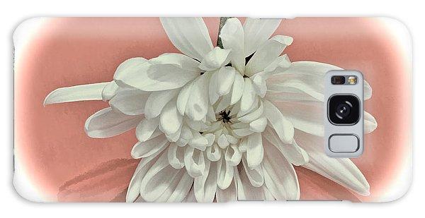 White Flower On Pale Coral Vignette Galaxy Case