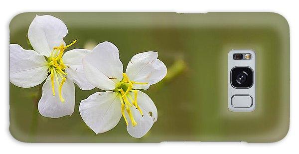White Meadow Beauty Galaxy Case