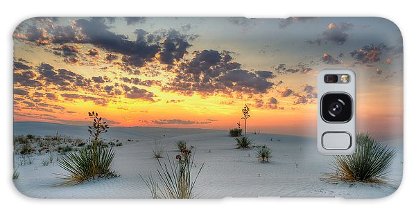 White Sands Sunrise Galaxy Case