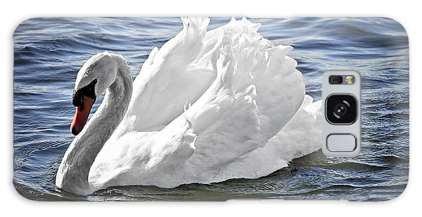 White Swan On Water Galaxy Case