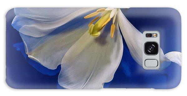 White Tulip On Blue Galaxy Case