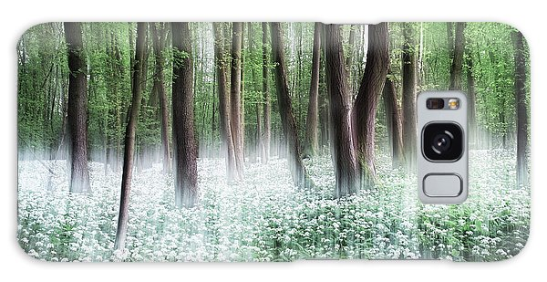 Woods Galaxy Case - Wild Garlic by Burger Jochen