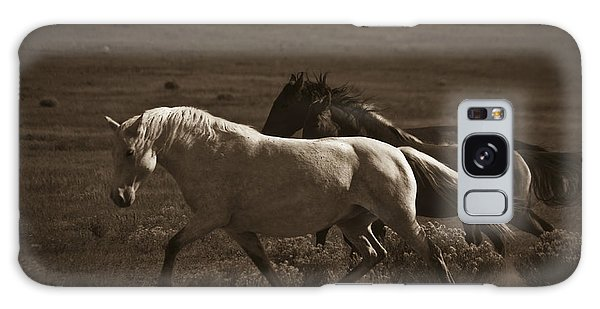 Wild Mustangs Of New Mexico 10 Galaxy Case