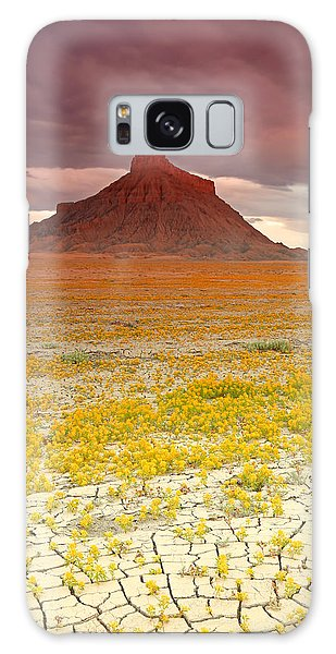 Wildflowers At Factory Butte. Galaxy Case
