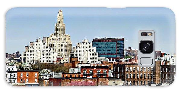 Williamsburg Savings Bank In Downtown Brooklyn Ny Galaxy Case by Lilliana Mendez