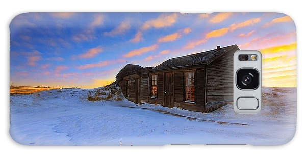 Winter Cabin  Galaxy Case