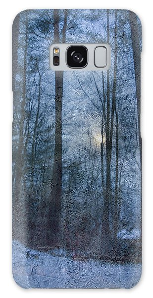 Winter Early Morning Setting Moon Galaxy Case