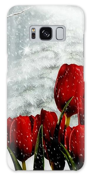 Winter Tulips Galaxy Case