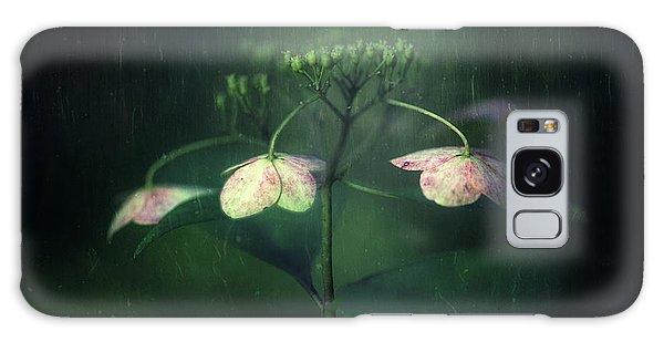 Flora Galaxy Case - Withe Hydrangea by Takashi Suzuki