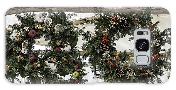 Royal Colony Galaxy Case - Wreaths For Sale Colonial Williamsburg by Teresa Mucha