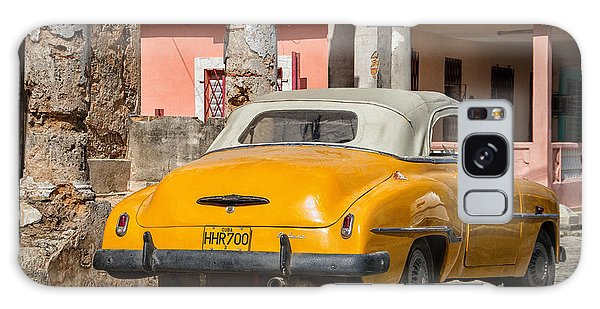 Yellow Car In Cuba Galaxy Case