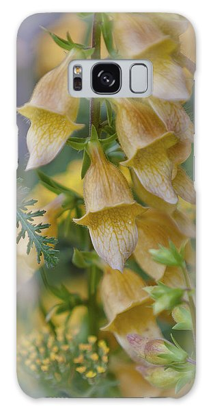 Yellow Digitalis Galaxy Case