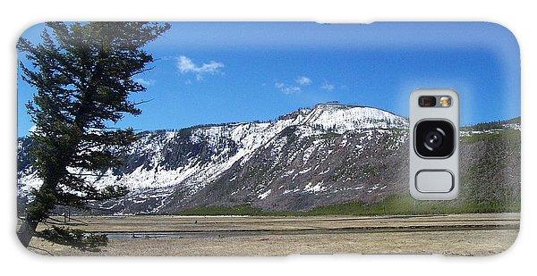 Yellowstone Park Beauty 1 Galaxy Case