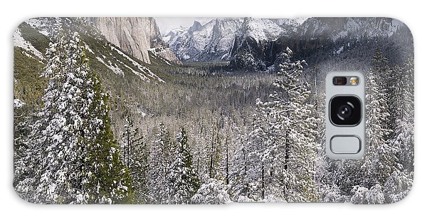 Yosemite Valley In Winter Galaxy Case