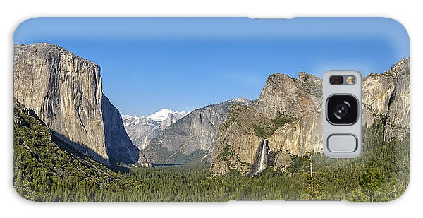 Galaxy Case featuring the photograph Yosemite Valley Moonrise by Steven Sparks