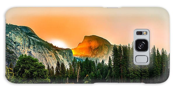Yosemite National Park Galaxy S8 Case - Sunrise Surprise by Az Jackson