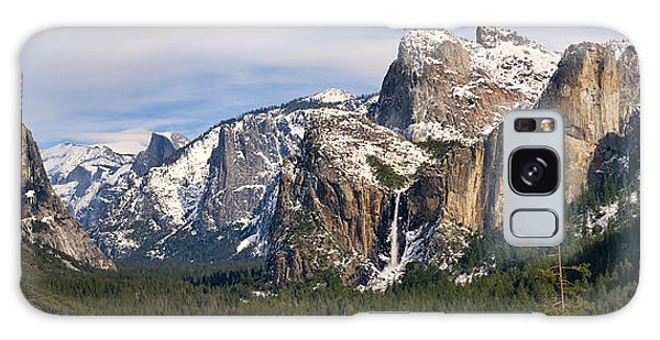 Yosemite Valley With Snow Galaxy Case