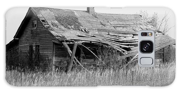 Abandoned House In Monochrome Galaxy Case by Jim Sauchyn