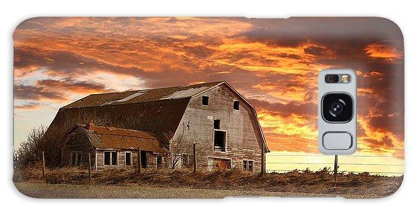 Barn On Highway 21 Galaxy Case