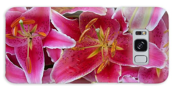 Pink Lilies With Water Droplets Galaxy Case