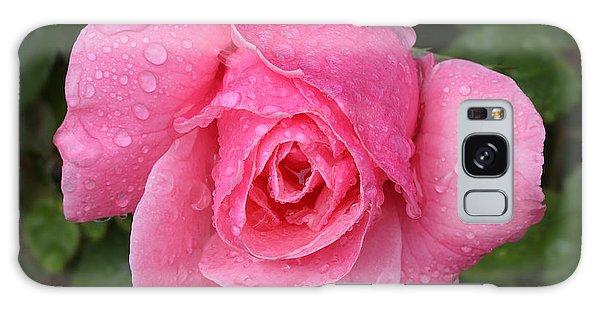 Pink Rose Macro Shot With Rain Drops Galaxy Case