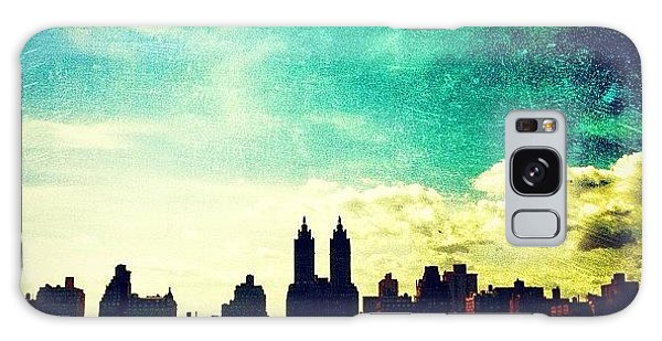 Amazing Galaxy Case - A Paintbrush Sky Over Nyc by Luke Kingma