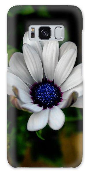 African Daisy Galaxy Case by Lynne Jenkins