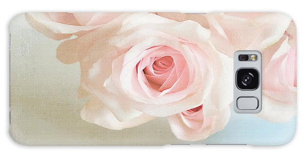 Baby Pink Roses Galaxy Case