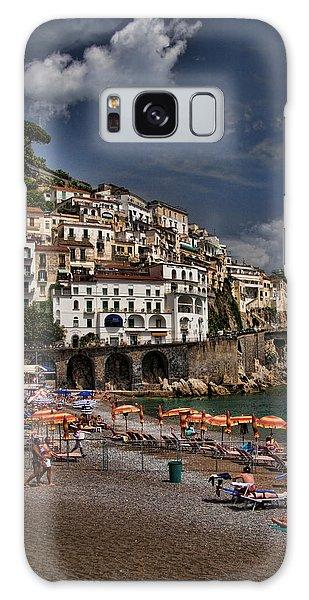 Beach Scene In Amalfi On The Amalfi Coast In Italy Galaxy Case