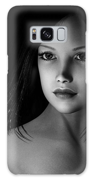 Beautiful Portrait - Black And White Galaxy Case