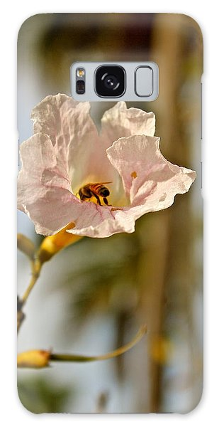 Bee In Paradise Galaxy Case