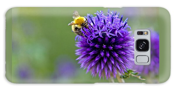Bee On Garden Flower Galaxy Case