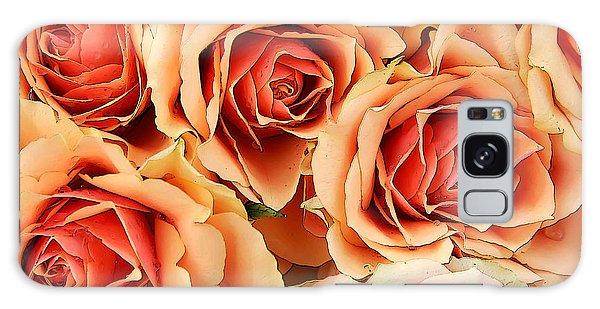 Bergen Roses Galaxy Case