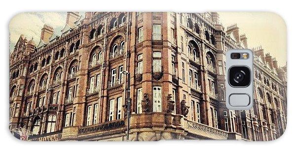 Classic Galaxy Case - #britanniahotel  #hotel #buildings by Abdelrahman Alawwad