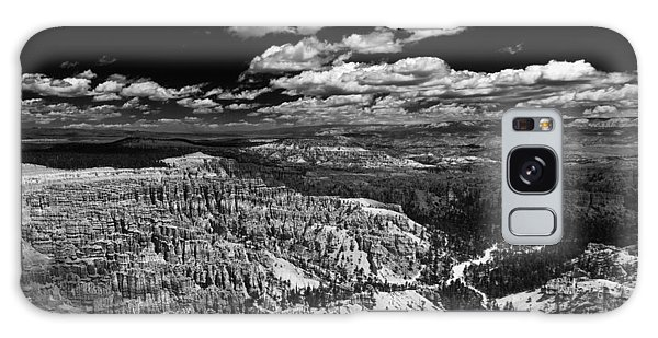 Bryce Canyon Ampitheater - Black And White Galaxy Case