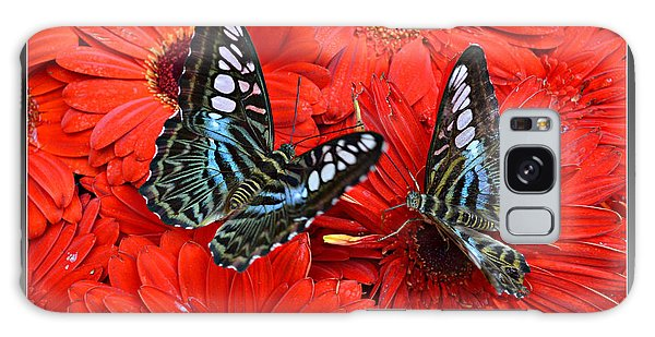 Butterflies On Red Flowers Galaxy Case
