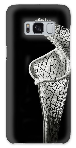 Cobra Lily In Black And White Galaxy Case